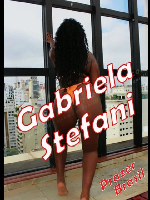GabrielaStefani - 1GabrielaStefaniCapa.jpg
