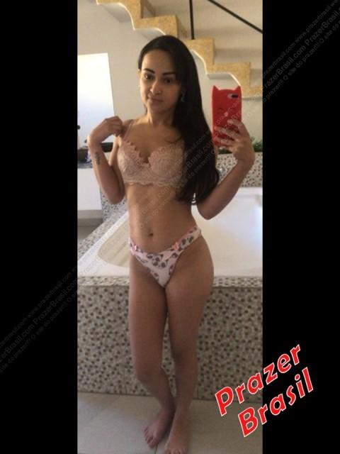 LauraYebscMulhSP5 Laura Yebsc