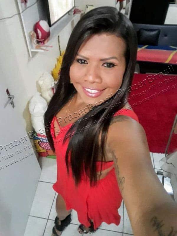 LohandraRiosTrans16 Lohandra Rios