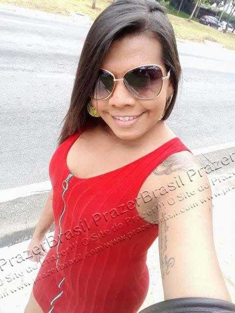 LohandraRiosTrans17 Lohandra Rios