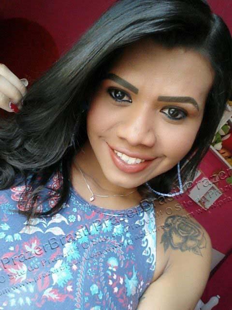 LohandraRiosTrans19 Lohandra Rios