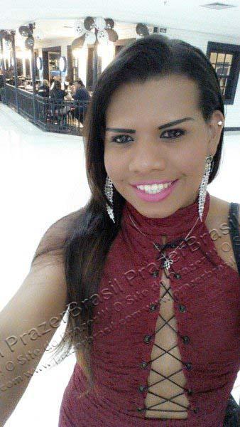 LohandraRiosTrans26 Lohandra Rios