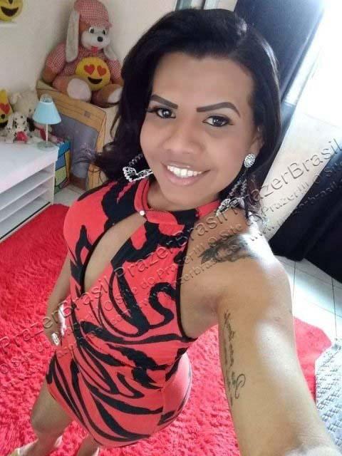 LohandraRiosTrans37 Lohandra Rios