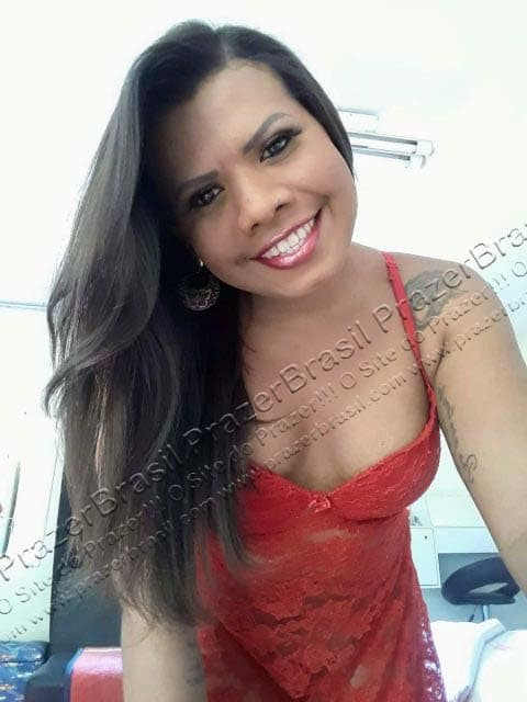 LohandraRiosTrans54 Lohandra Rios
