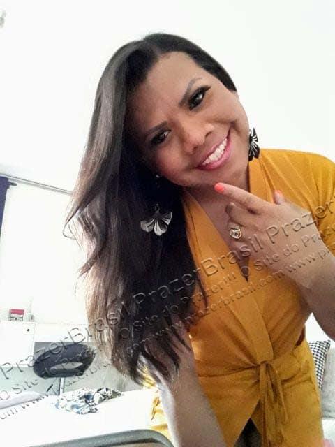 LohandraRiosTrans57 Lohandra Rios
