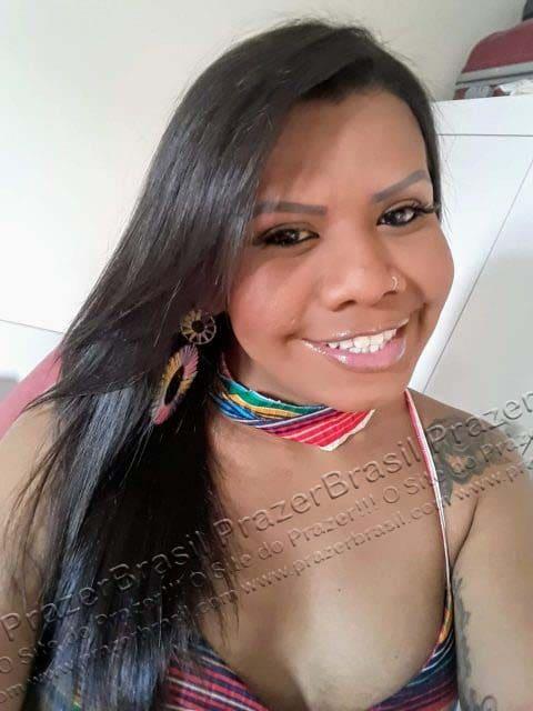 LohandraRiosTrans61 Lohandra Rios