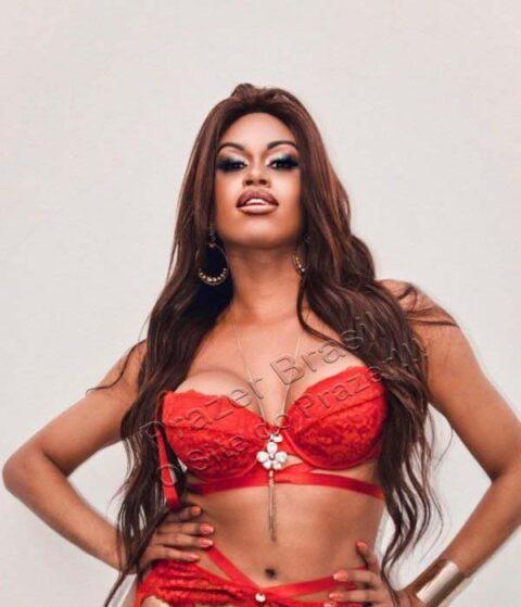 SheilaOliveiraTrans4 Sheila Oliveira