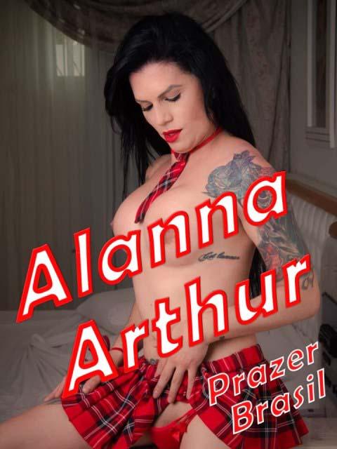 1AlannaArthurTransCapa Alanna Arthur