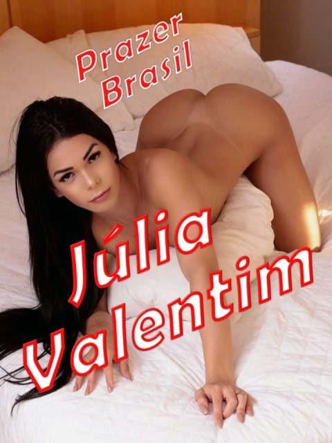 1JuliaValentimCapa Júlia Valentim